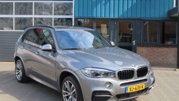 BMW X5 M50 voor Hoogendoorn